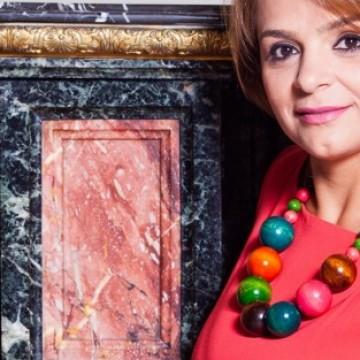 Interview with Loredana Van de Waart